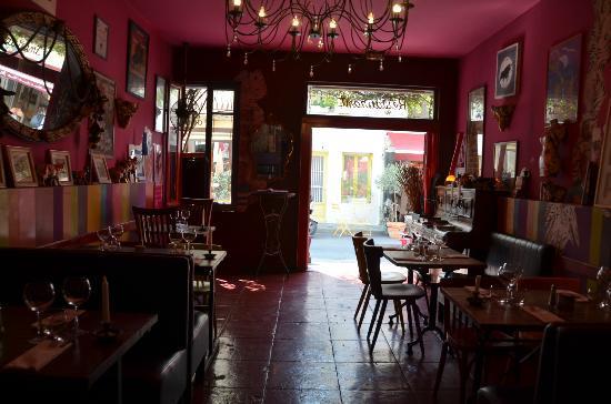 Le Café de Bouzigues : interno