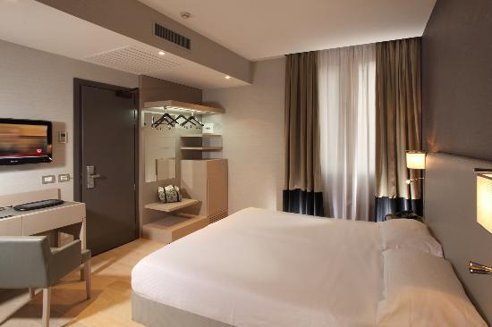 Hotel Adriano: SUPERIOR ROOM