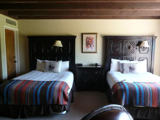 Tanque Verde Ranch: Our room