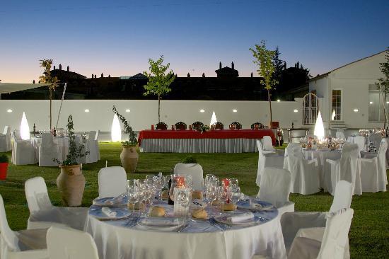 Decoracion Jardin Boda Civil ~   Restaurante El Capricho, Monachil Boda civil en el jard?n los tilos