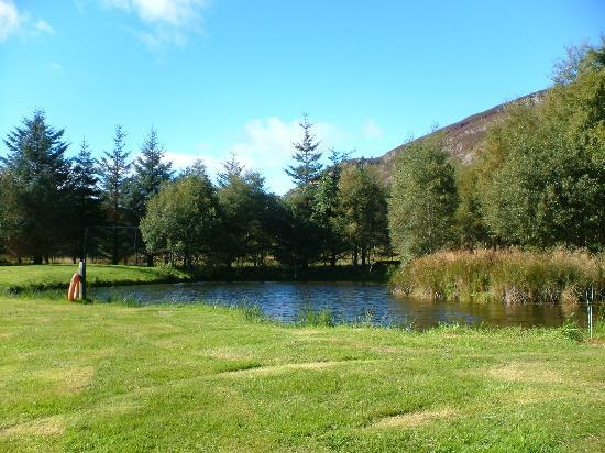 Highland Holiday Cottages: the lochan at the rear