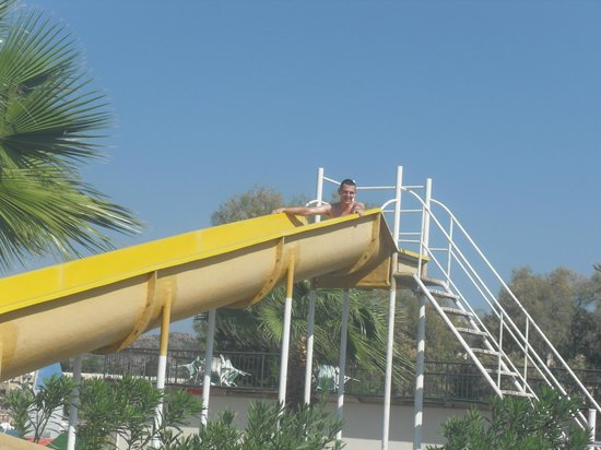 Golden Age Hotel: slide