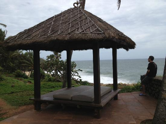 Niraamaya Retreats Surya Samudra: gazebo