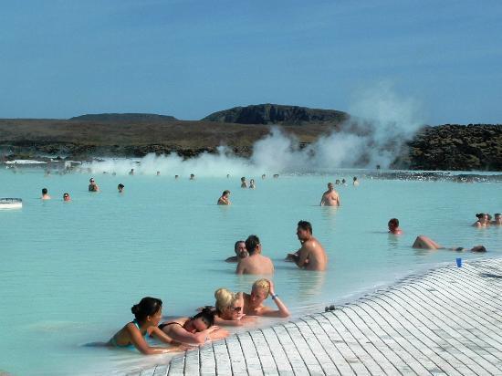 Blue Lagoon Iceland: Enjoying the waters