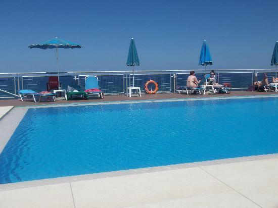 Renieris Hotel: piscina