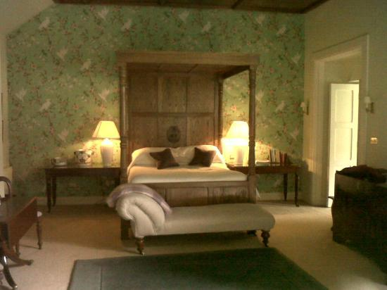 Gregans Castle Hotel: Bedroom