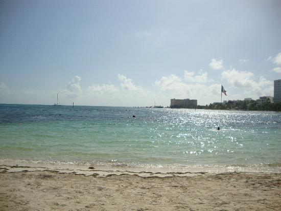 Occidental Costa Cancun: Beach View