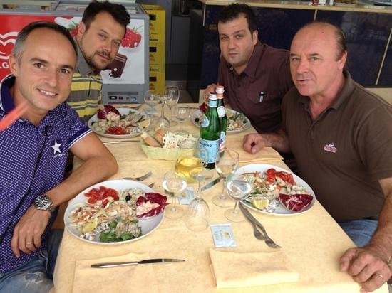 Ristorante Bar Anna: pranzo tra amici..