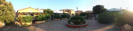 Residence Hotel Lu Nibareddu: panoramica residence Lu Nibareddu
