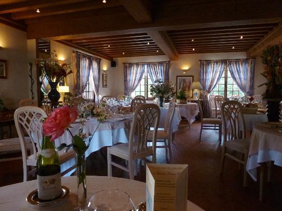 Le Morvan: Restaurant