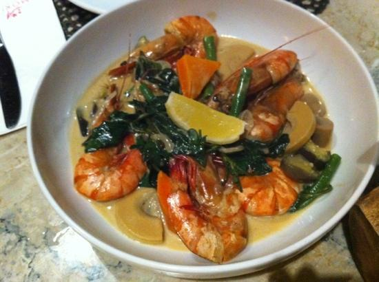 Amorita Resort: Shrimp curry from Saffron.