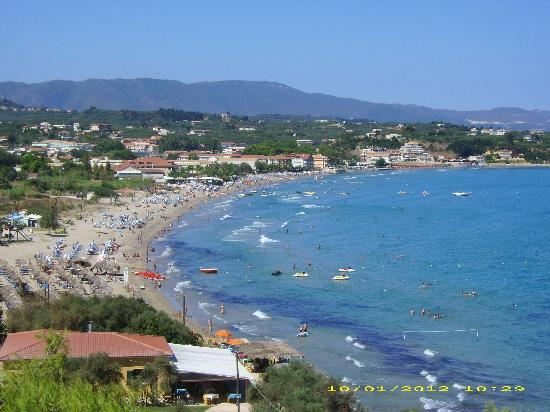 Planet Studios and Apartments: great view from balcony of tsilivi beach