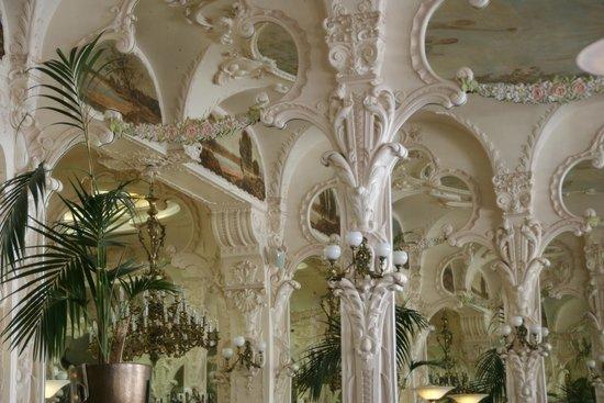 Grand cafe de Moulins : Des miroirs à l'infini !