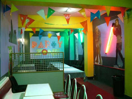 Quasar: Party Areas