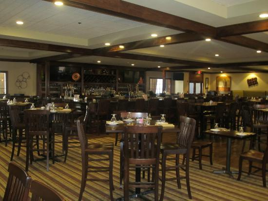 Dining delight review of colonial grille gardner ma tripadvisor malvernweather Images