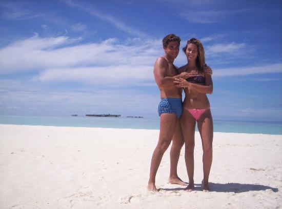 Southern Ari Atoll: isola deserta