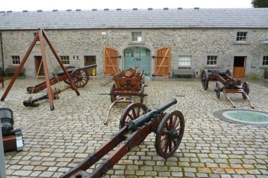 Oldbridge Estate/Battle of the Boyne Visitors Centre: courtyard