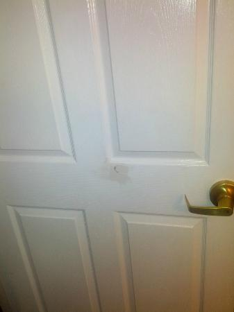 Staybridge Suites Philadelphia - Mt Laurel: Door