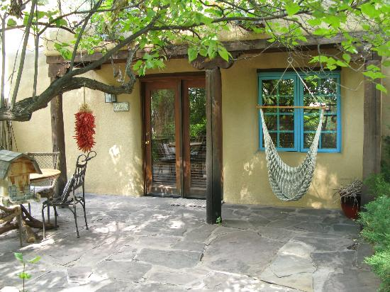Hacienda del Sol: Patio area