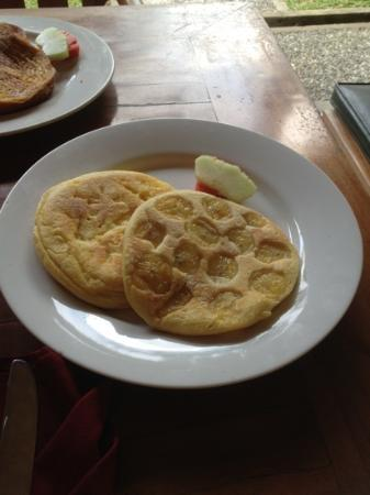 Nefatari Exclusive Villas: banana pancake