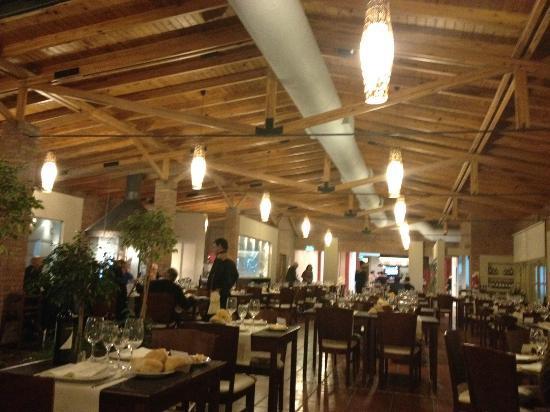 Los Robles Restaurant Parrilla: Parilla Los Robles - Salón