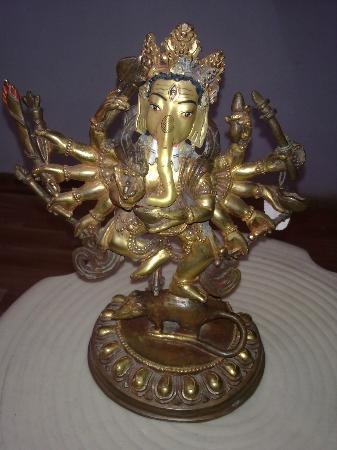 Jewel Caravan: Ganesh dancing