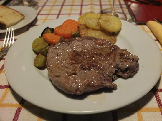 Hotel Langhe: My steak and veg as prepared by Nico...