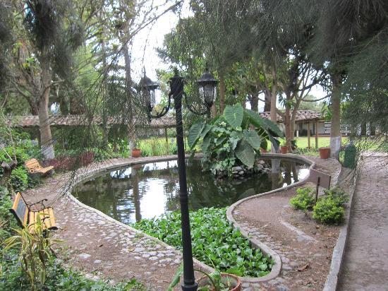 Hacienda- Hosteria Chorlavi: giardino
