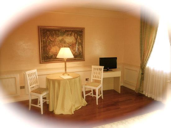 Hotel Tuder: particolare Deluxe Room