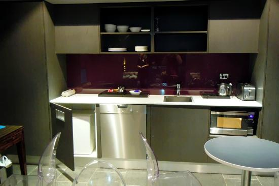 The Bayswater Sydney: Guest Lounge Kitchenette