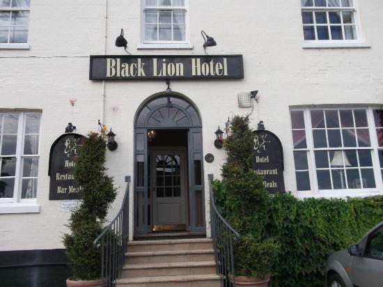 Black Lion Hotel: Hotel entrance