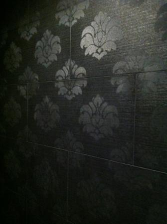 Padre Hotel: the shower tiles-so cool