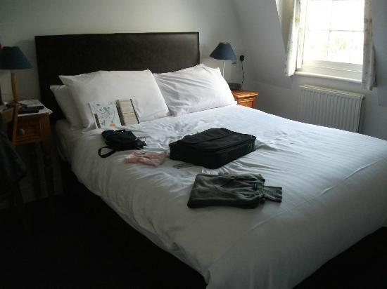 พาเหรด พาร์คทาวน์เฮ้าส์ เบด แอนด์ เบรคฟาสท์: Nice comfy bed