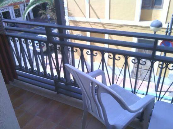Ebusus Apartments : Balcón
