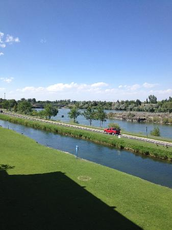 Shilo Inn Suites Hotel - Idaho Falls: another view from room to the west. seriously gorgeous!