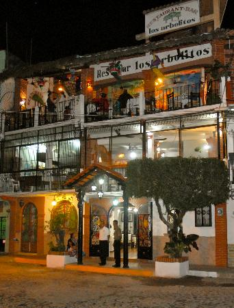 Los Arbolitos Restaurant: The front door...