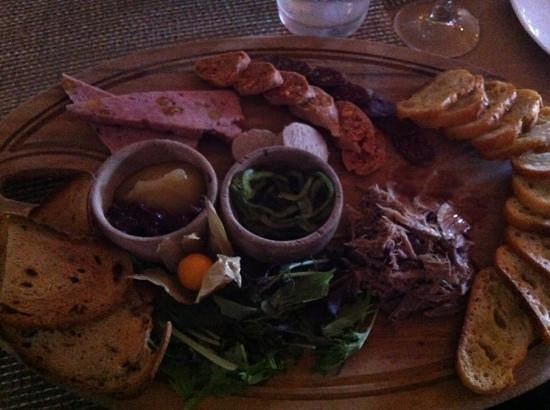 CUT Steakhouse : charcuterie board, $14, share this one it's big