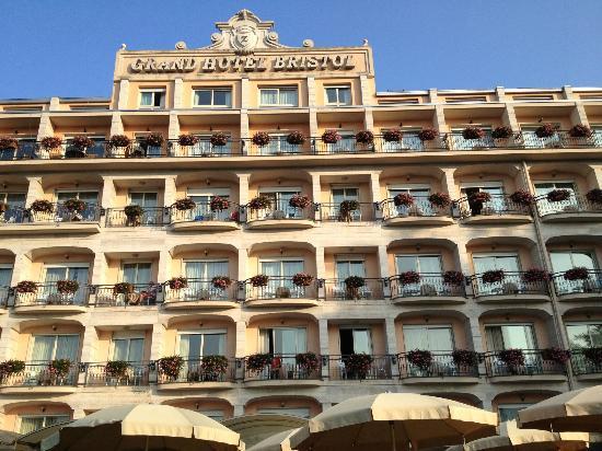 Grand Hotel Bristol: façade de l'hôtel