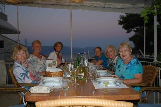 Pension Lovric: Happy Dinner Crowd