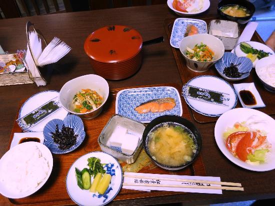 มัตซึบายะ อินน์: Breakfast at Matsubaya Inn