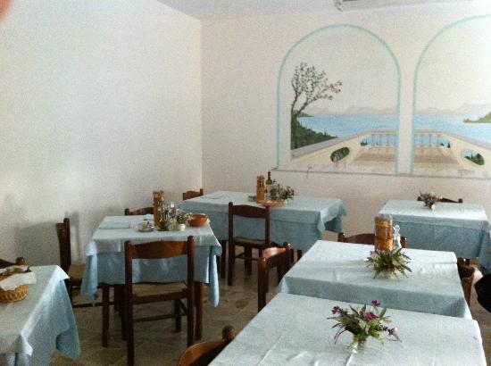 Albergo Andrea: Sala colazione