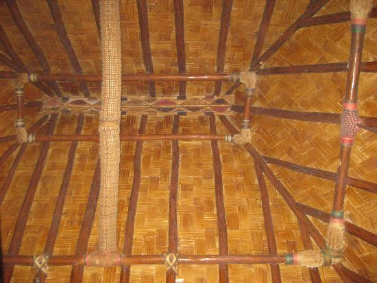 Toberua Island Resort: Gorgeous ceiling