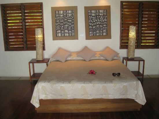 Toberua Island Resort: Our lovely bed