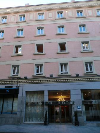 Ganivet Hotel: Fassade Außenansicht