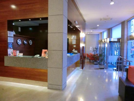 Ganivet Hotel : Reception