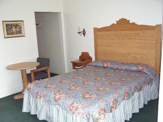Apple Inn Motel: Sweet dreams await you
