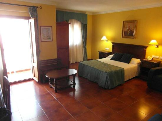 Photo of Hotel Porfirio Zahara de los Atunes