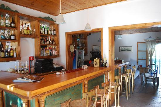 Siroco's Rooms and Studios: Our welcoming bar