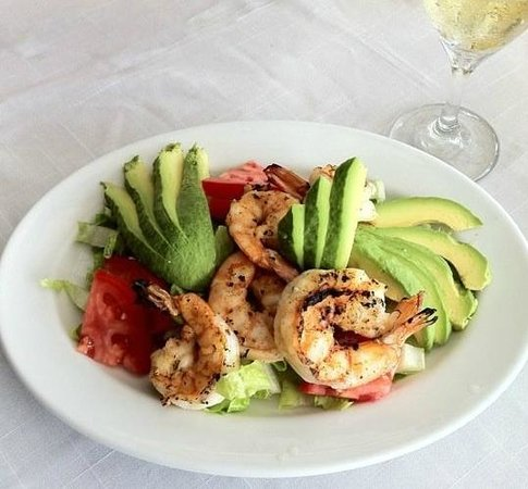 El Sueno Tropical: Fine dining at our Salsa Restaurant