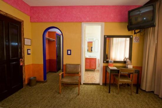 بوسادا فيينا هوتل: habitacion 